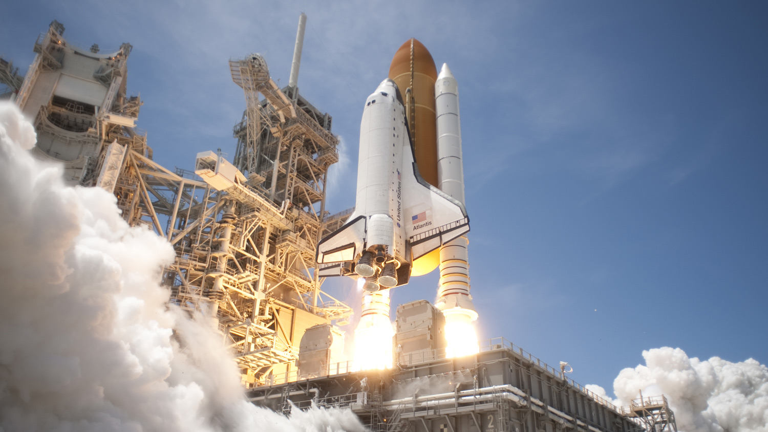 EP101_SpaceShuttleTriumphAndTragedy_04.jpg